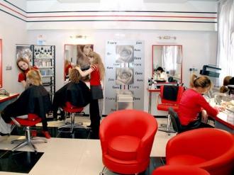 Порядка 42000–55000леев потребуется, чтобы открыть кабинет парикмахера и визажиста в столице.