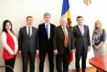 Устойчивое развитие отношений между РМ и ФРГ, Министр экономики считает приоритетом