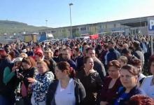 В Румынии бастуют работники фабрики которые не получали зарплату с прошлого года